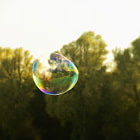 Постер, плакат: Floating Soap Bubbles