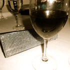 Постер, плакат: Red wine for a glam night