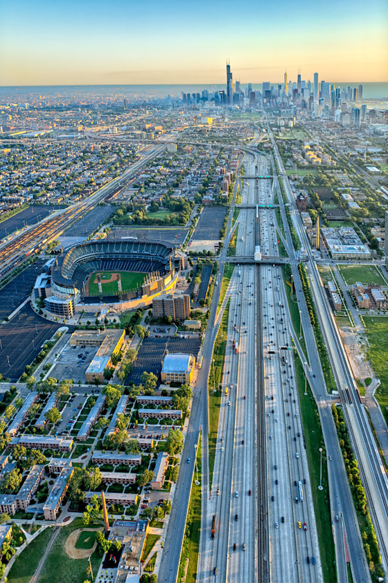 Photograph Chicago, 6:19am by Igor Menaker on 500px