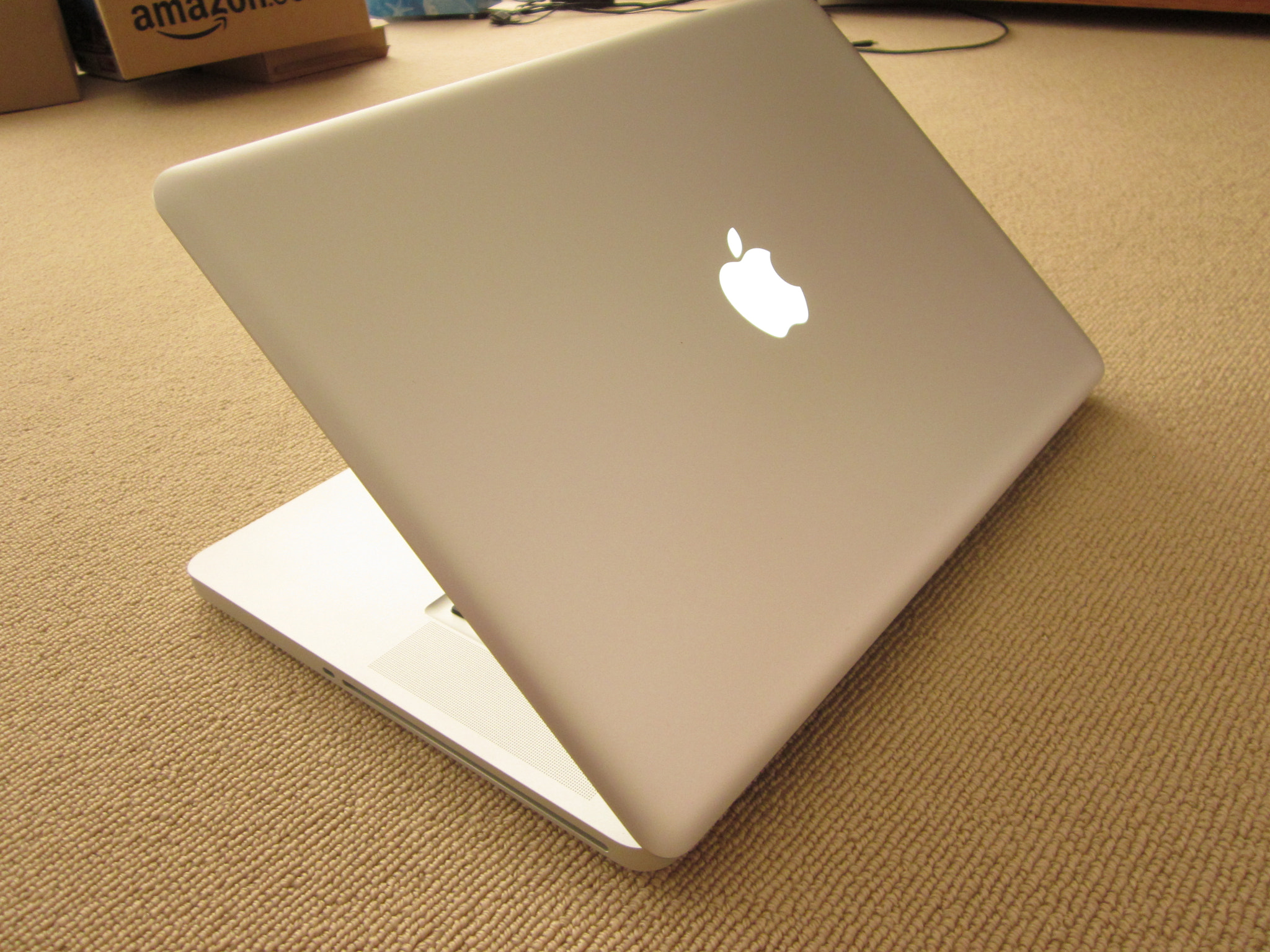 Photograph MacBook Pro 005 by Chris Southcott on 500px