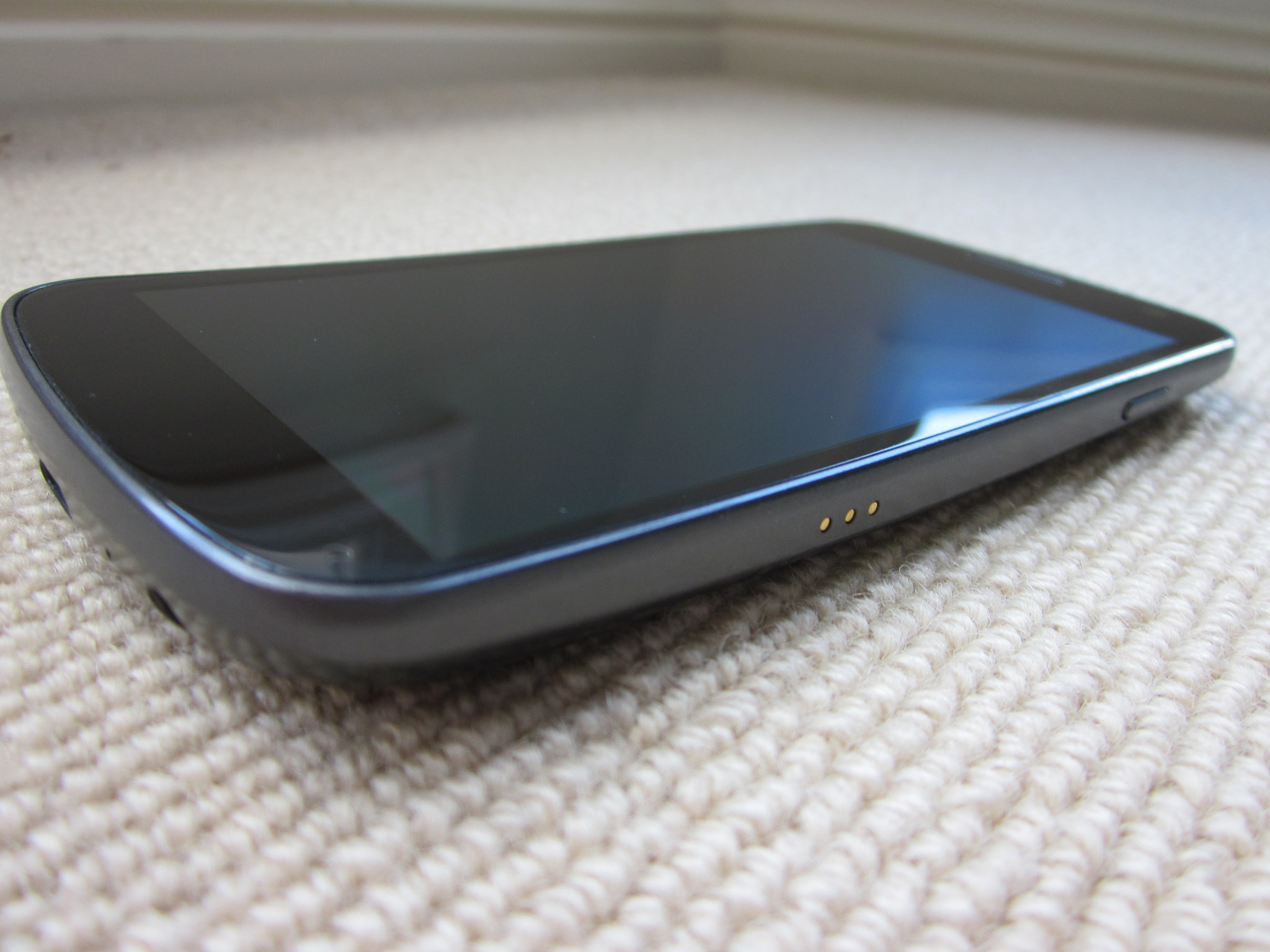 Photograph Samsung Galaxy Nexus 002 by Chris Southcott on 500px