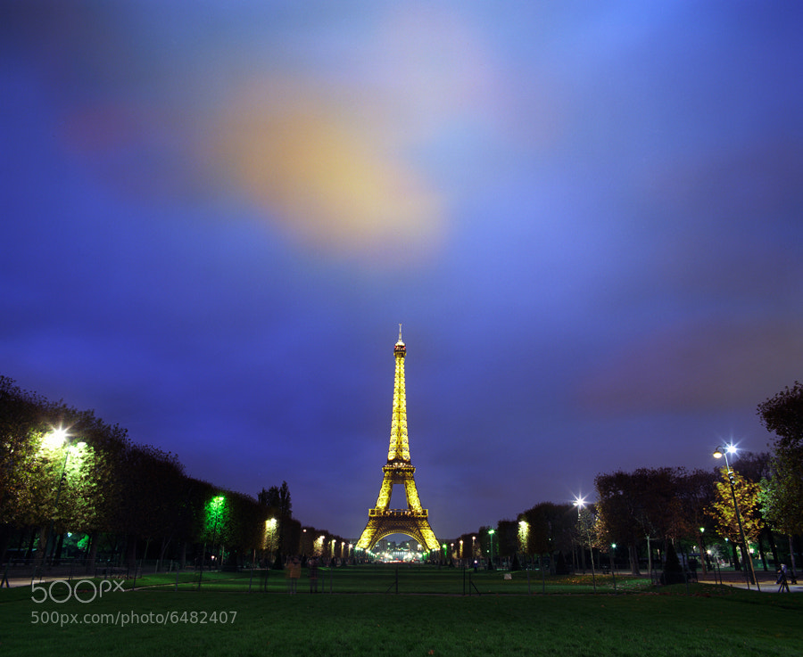 Photograph Allumez mes nuits by Zeb Andrews on 500px