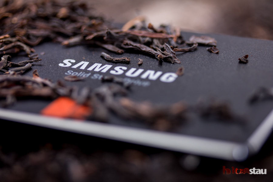SSD on Tealeaves by hitzestau on 500px.com