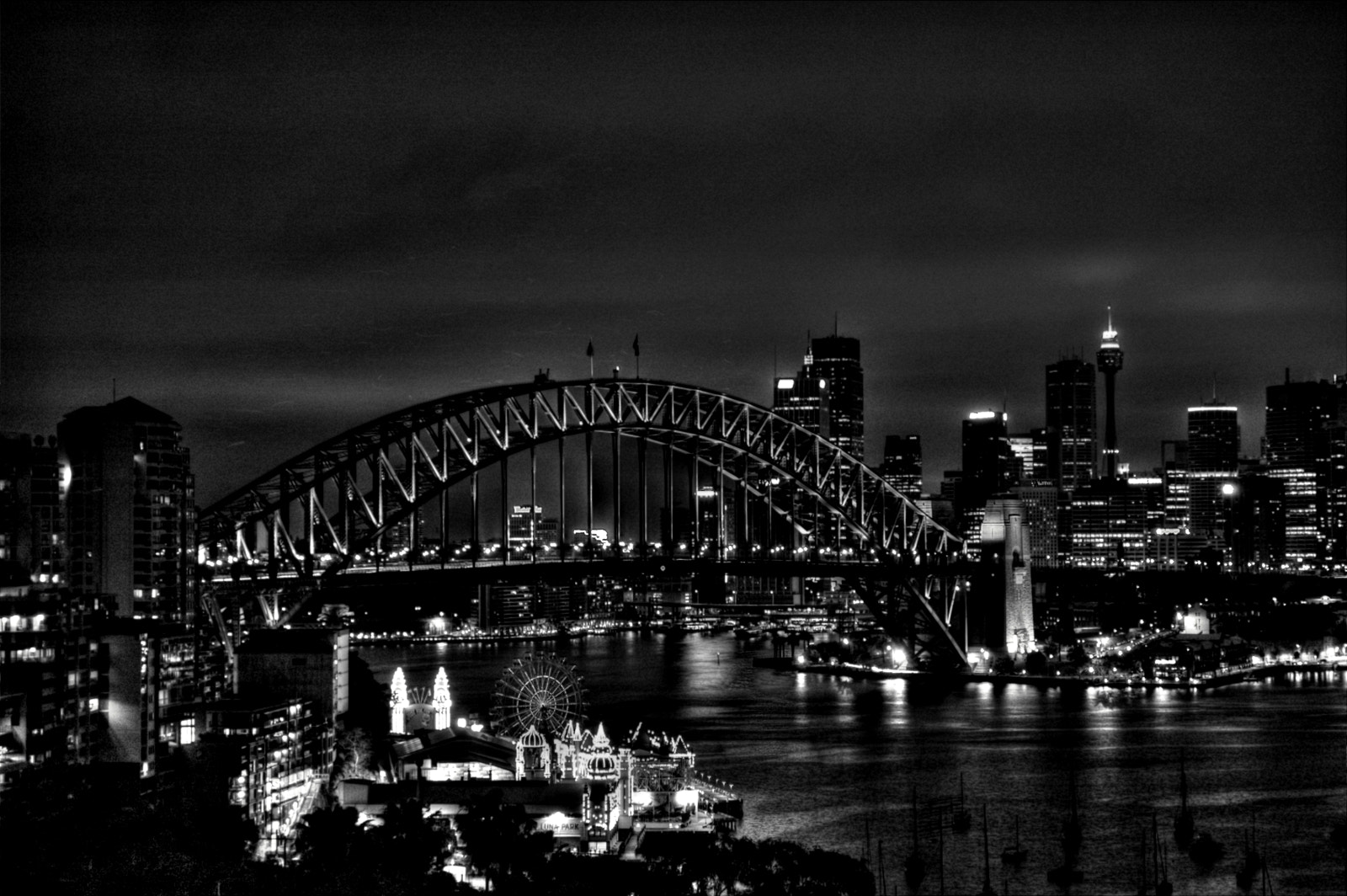 Photograph Sydney Harbour Bridge by Ian Stanaway on 500px