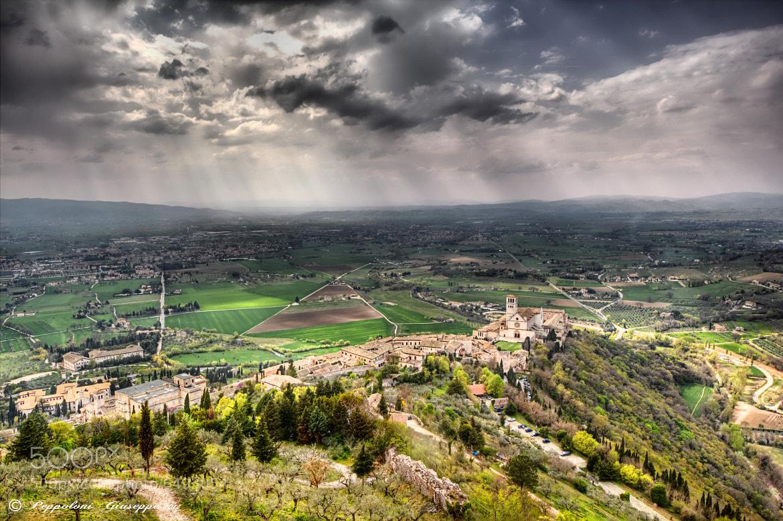 Photograph The Umbrian plain by Giuseppe  Peppoloni on 500px