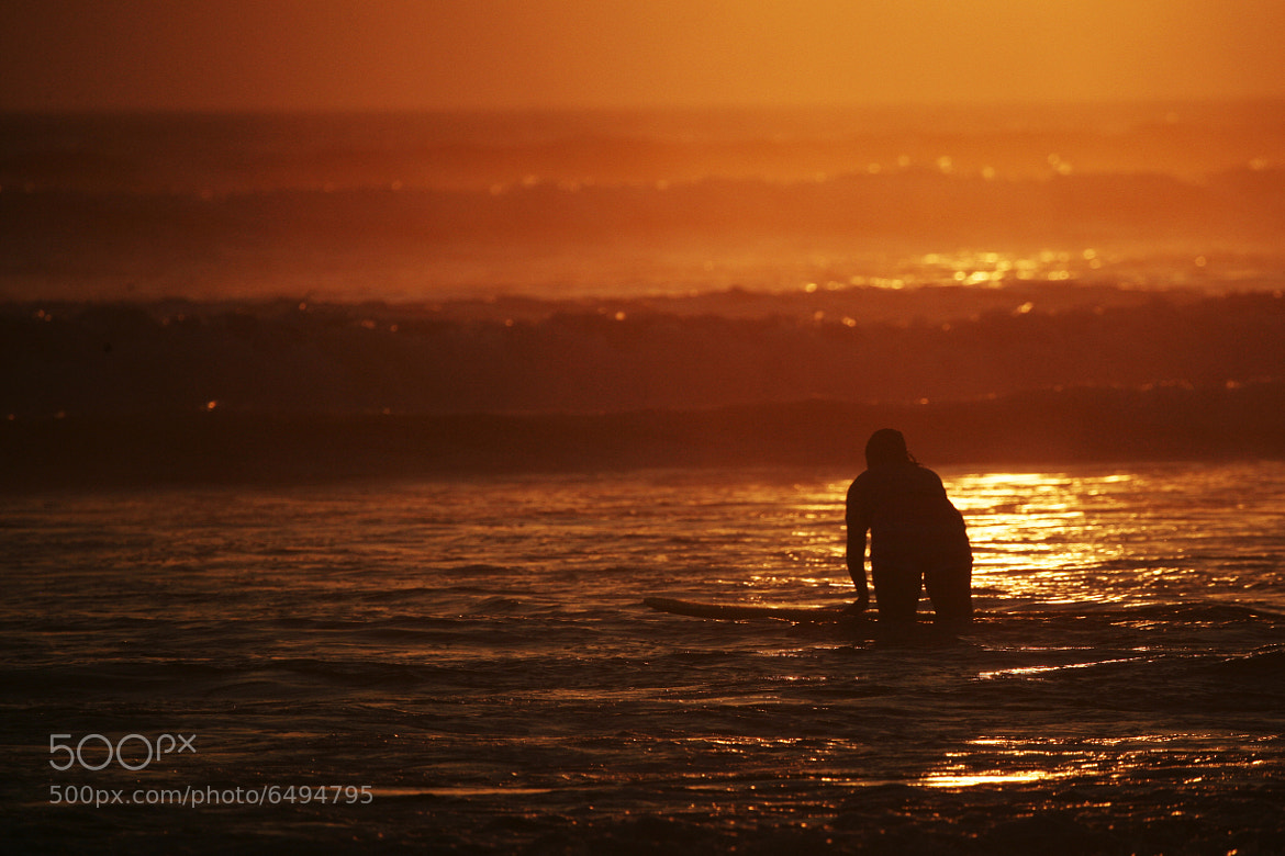 Photograph surfing by Cristobal Garciaferro Rubio on 500px