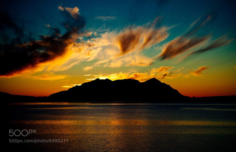Photograph Mountain silhouette by Guðmundur Einisson  on 500px