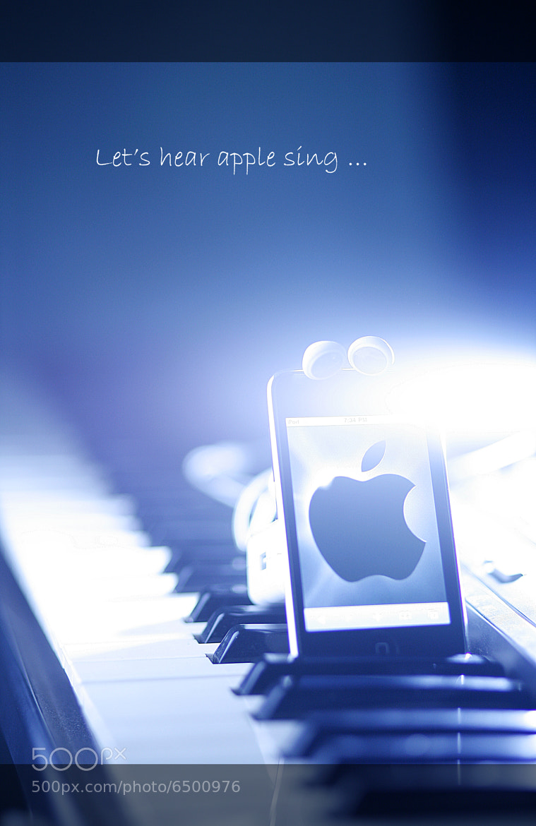 Photograph Apple ... sing !! by Ho Chihieu on 500px