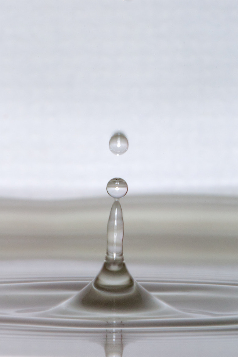 Photograph water drop by Thomas Lucraft on 500px
