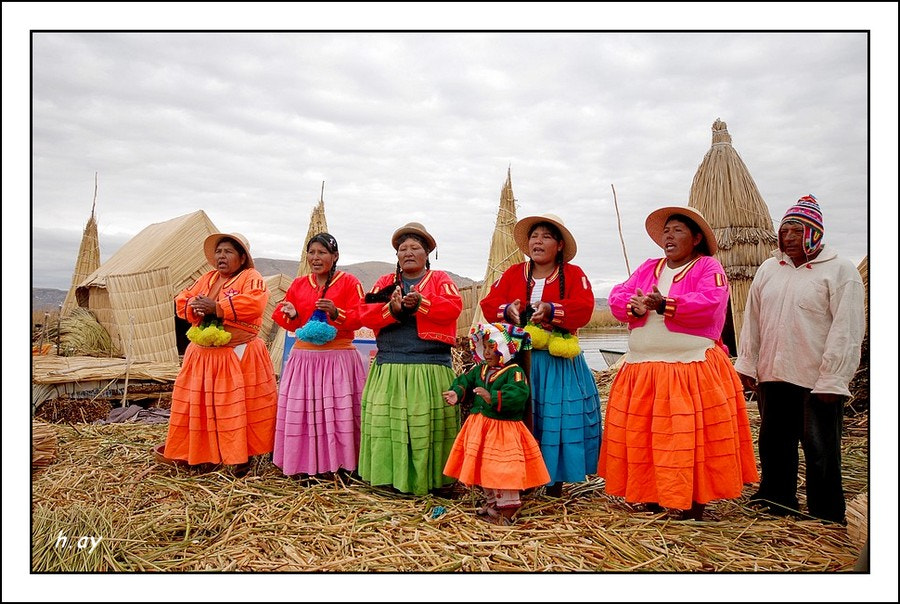 Photograph Les femmes d'Uros-Peru by HUSEYIN AY on 500px