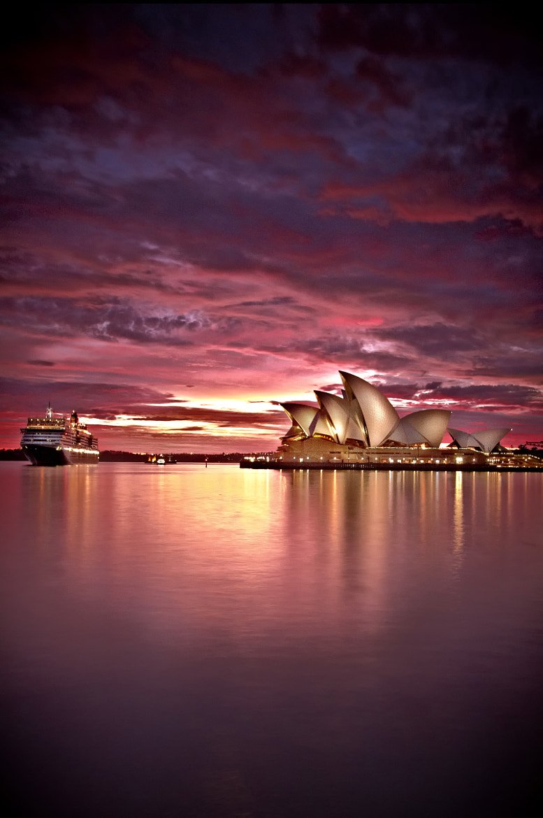 Photograph The Queen at the Opera by Stanley Kozak on 500px