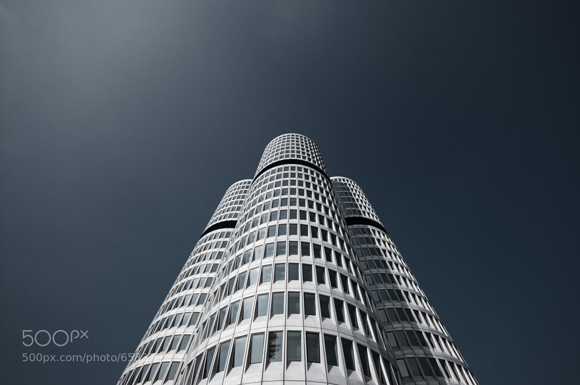 Photograph BMW Tower by Andreas  Wecker on 500px