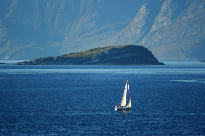 Photograph The sail boat by Ingrid  Haug on 500px