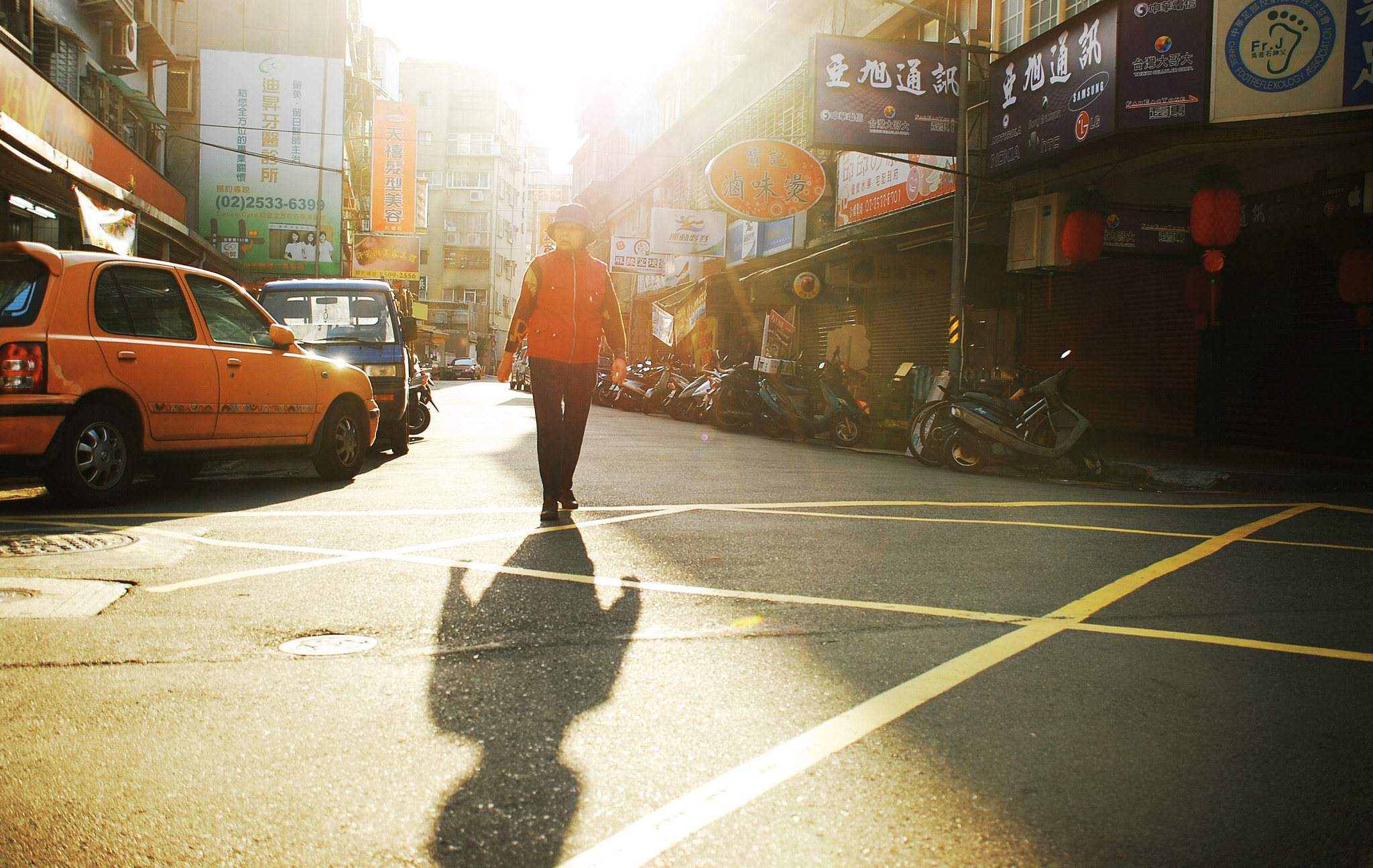 Photograph Morning street by Gary Liao on 500px