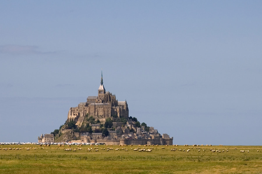 Photograph Le Mont-Saint-Michel #2 by José Rocha on 500px