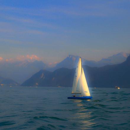 slow motion sailing