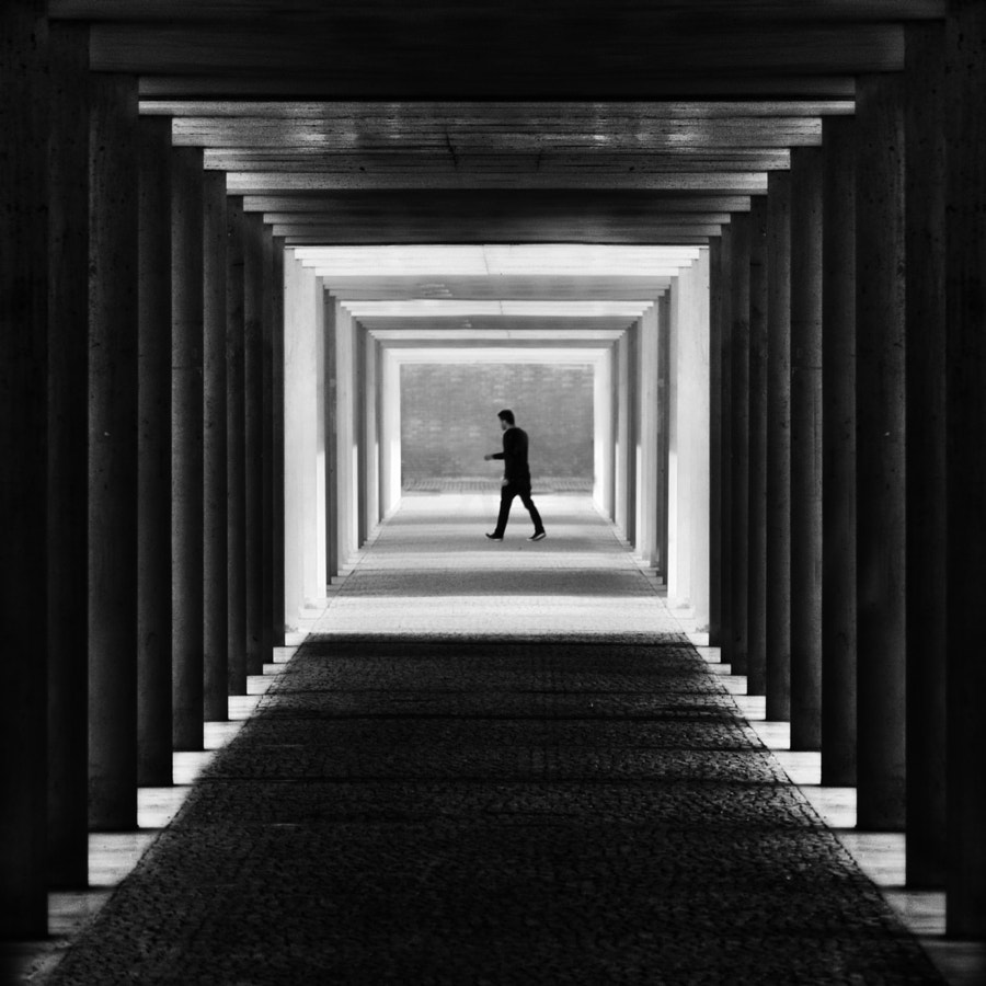 White Room by Paulo Abrantes on 500px.com