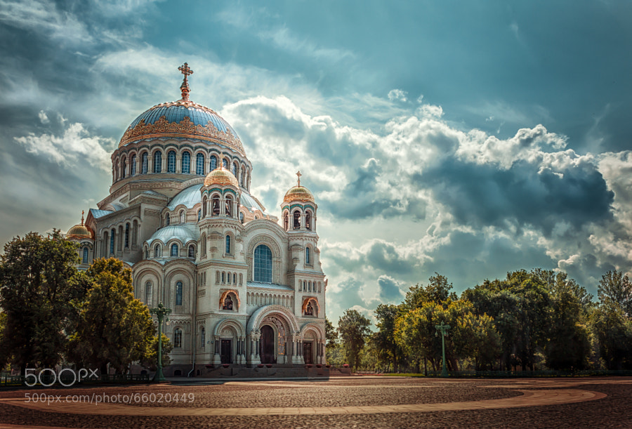 Photograph St. Nicholas Cathedral by Andrew Vasiliev on 500px