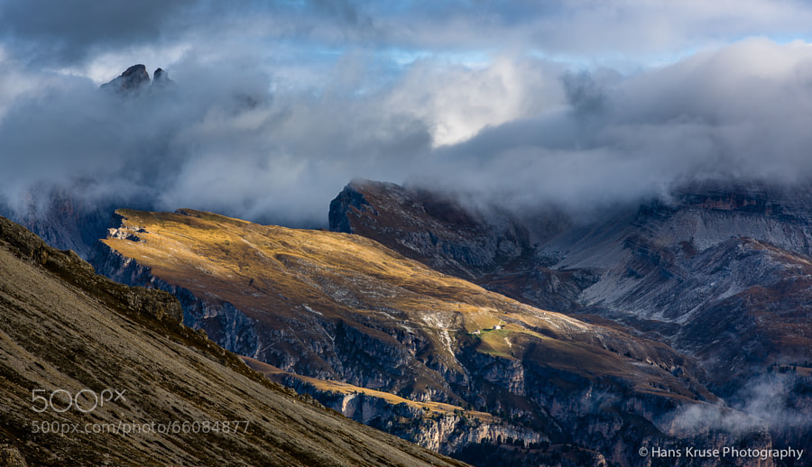 This photo was shot during the Dolomites West photo workshop in October 2013.