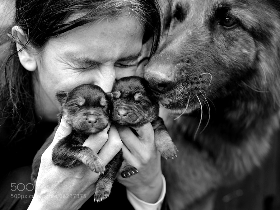 Photograph two mothers by Sebastian Luczywo on 500px
