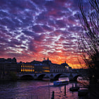Постер, плакат: sunset over seine