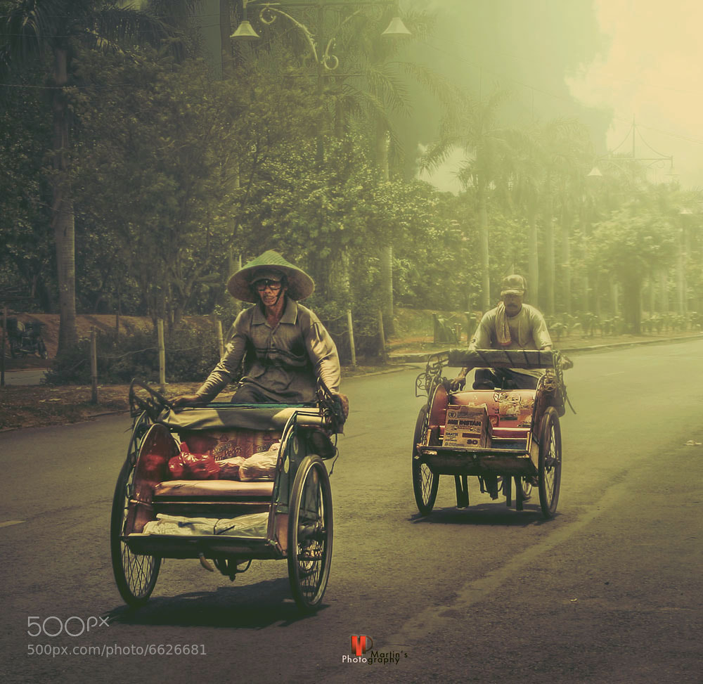 Photograph Becak  by Martin Hariadi on 500px