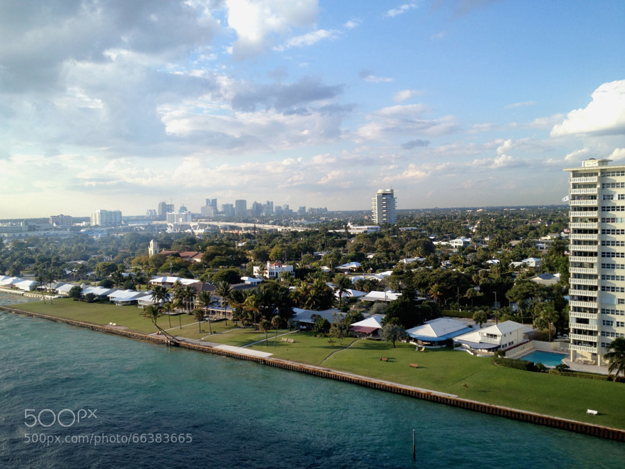 Photograph Leaving the Fort Lauderdale harbour by Alexander Hoffmann on 500px