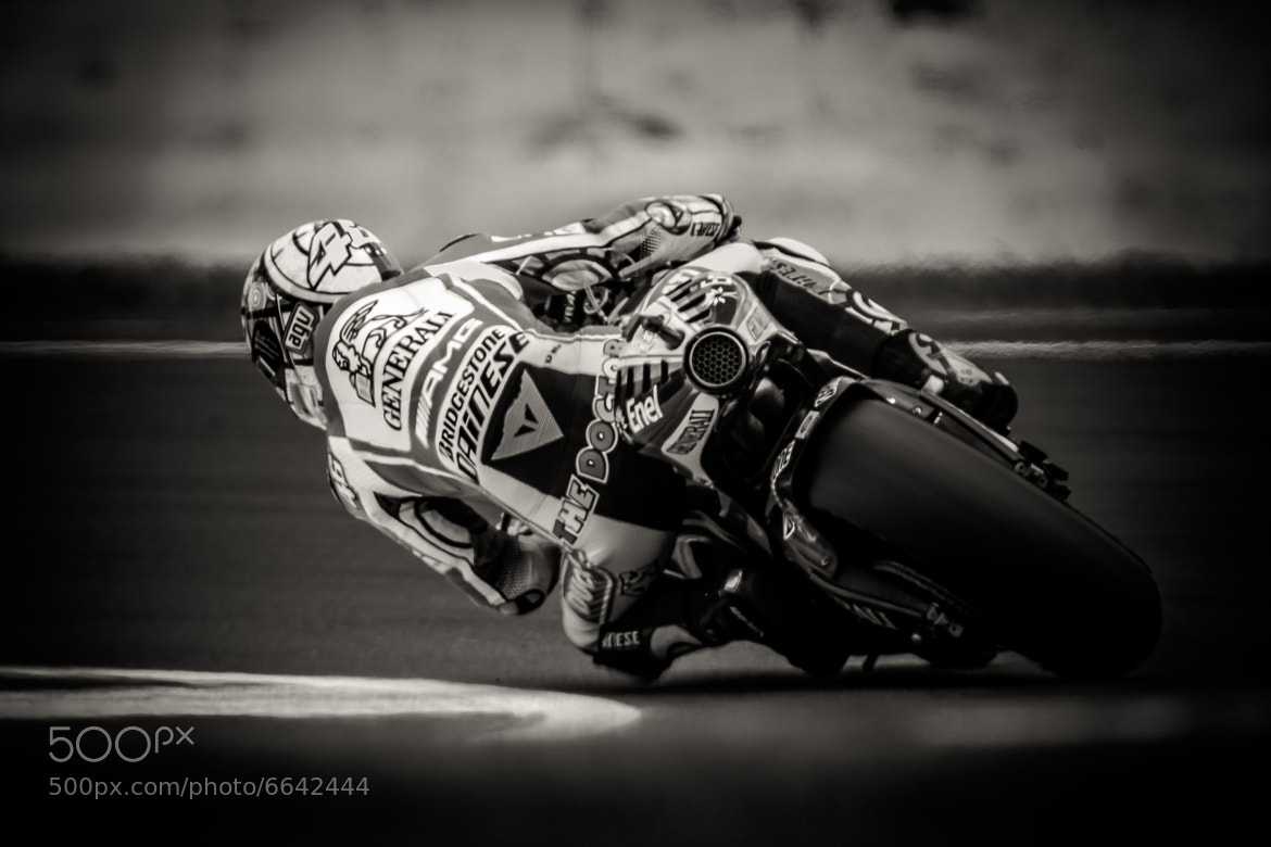 Photograph Knee-Down by Robert Bridgens on 500px