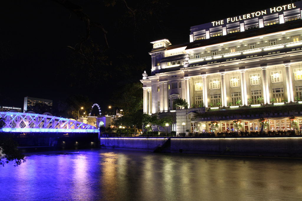 Photograph the fullerton hotel by elec foto on 500px