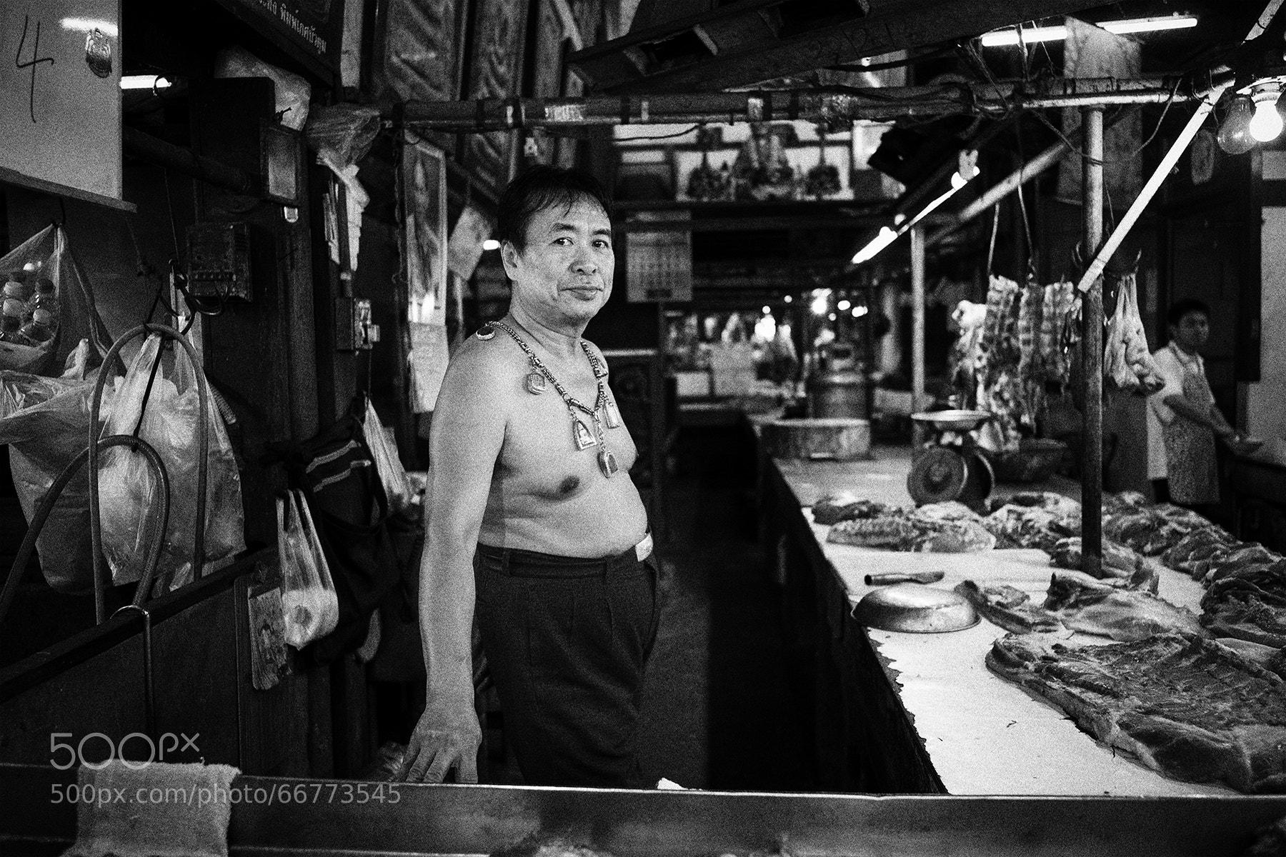 Photograph klong toey market, 2014 by  momofuku on 500px