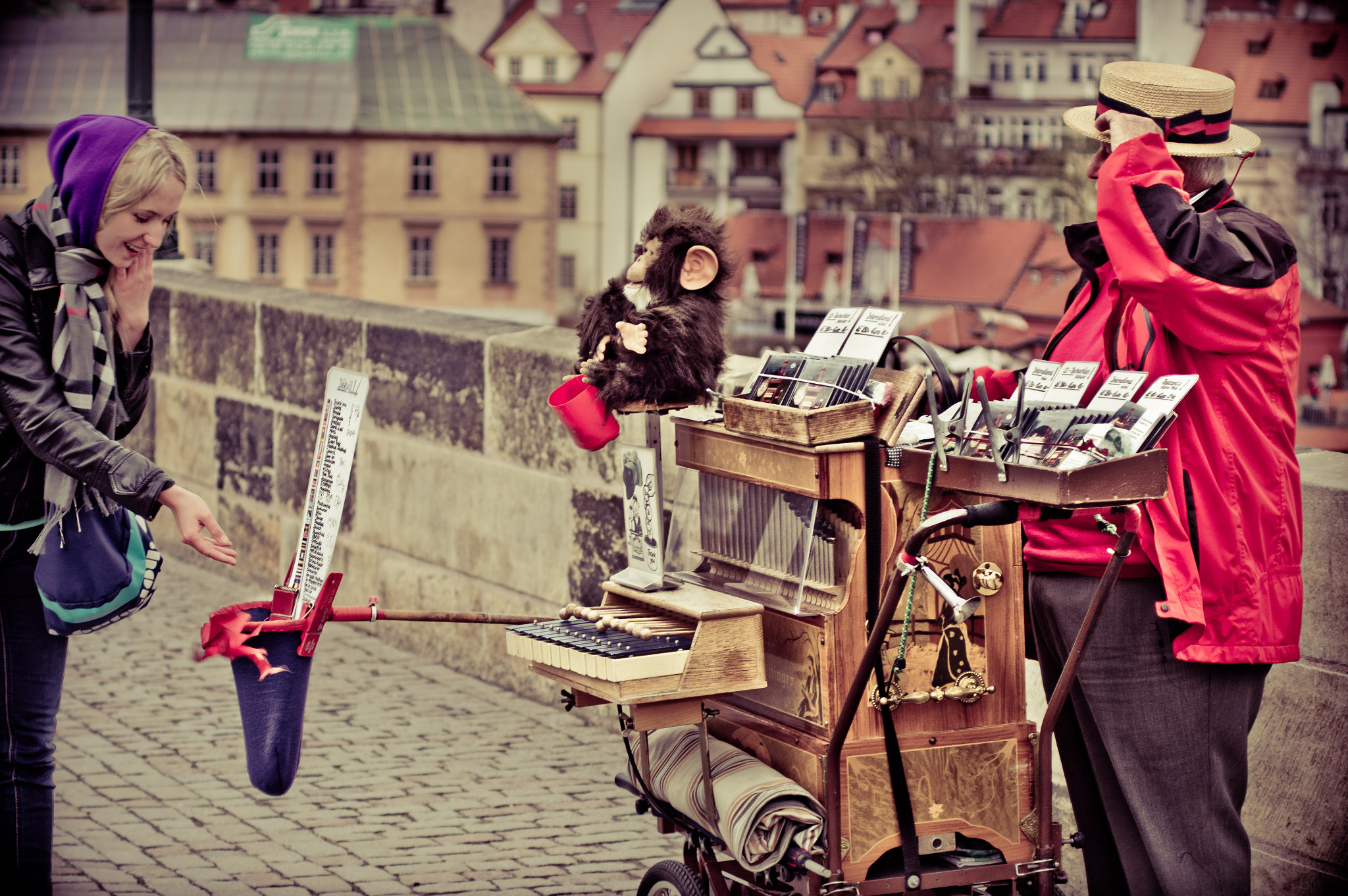 Photograph grateful to the musician on the Karlův most by Mihail P on 500px