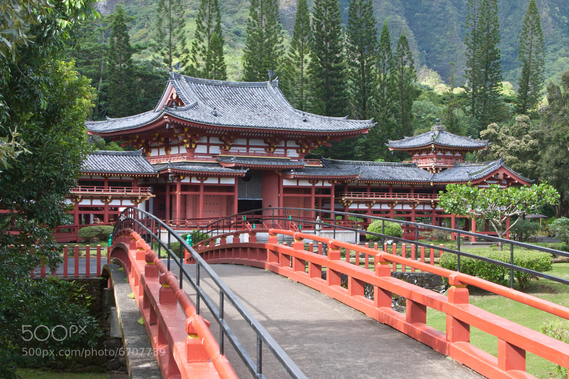 Photograph Byodo-In by Jason Wehmhoener on 500px