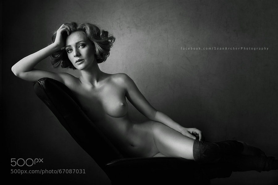 Photograph Cate in Black by Sean Archer on 500px