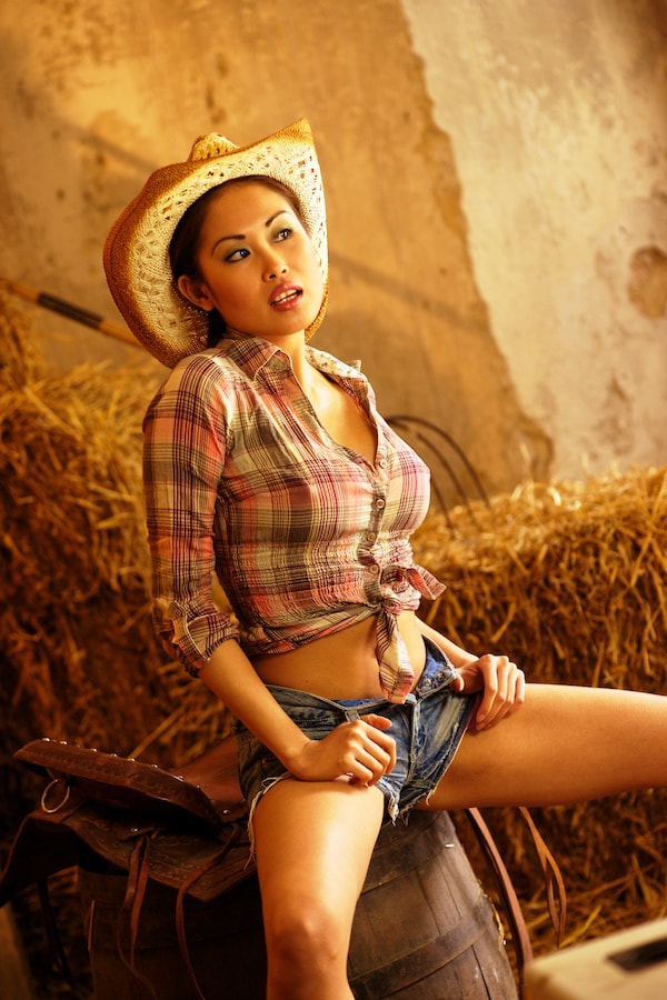 Photograph Cowgirl II by Michael Rösch on 500px