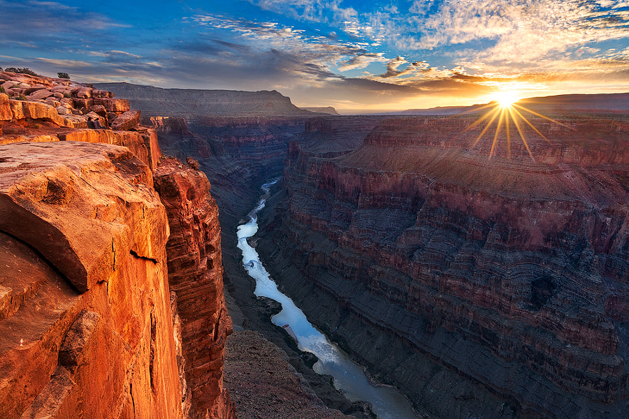 Sunrise at Toroweap Overlook by Yanbing Shi on 500px.com