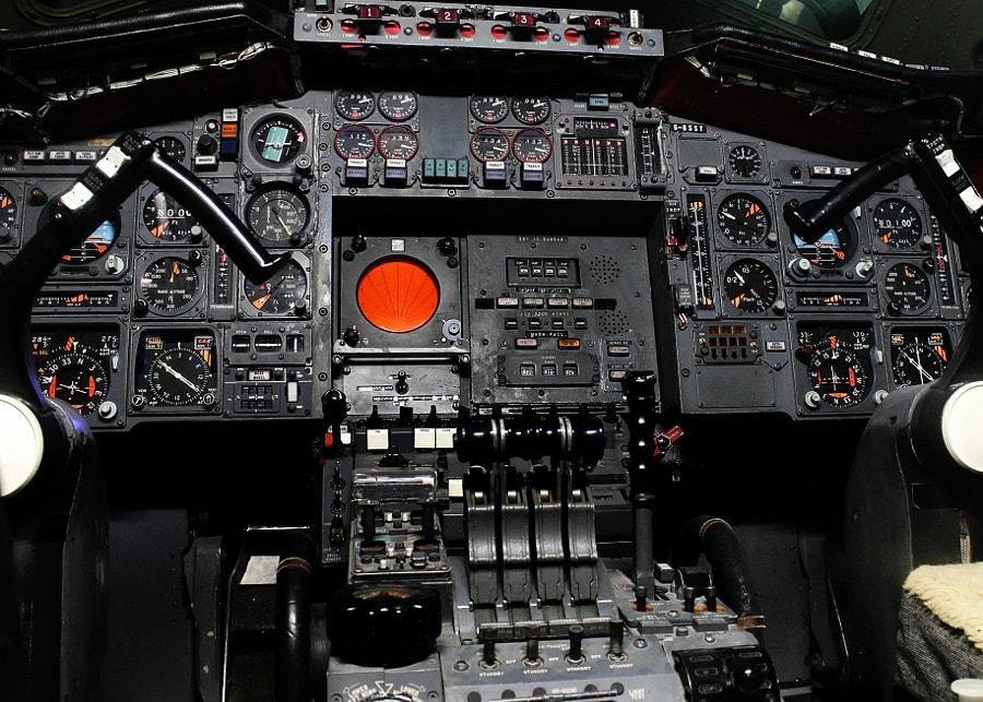 Concorde 002 Cockpit