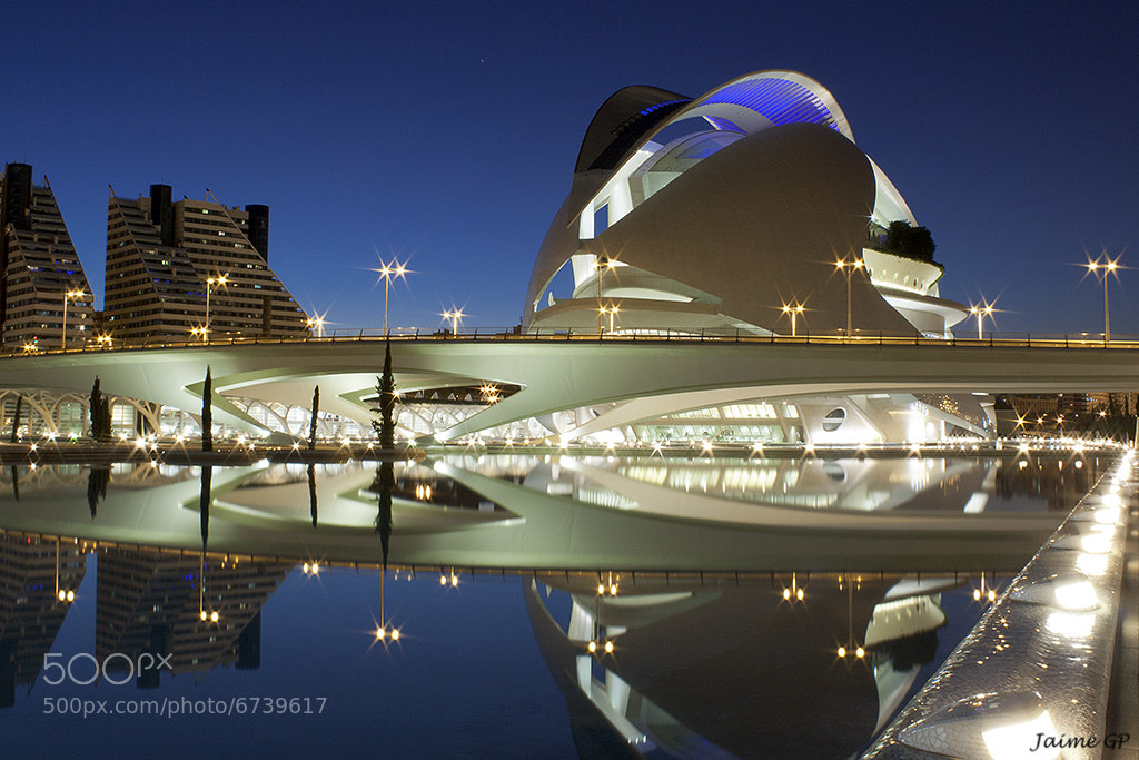 Photograph Calatrava, Modernism Architecture by Jaime GP on 500px