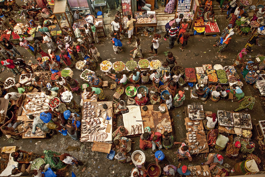 Marché dAdjamé by Louis Berthelot on 500px.com