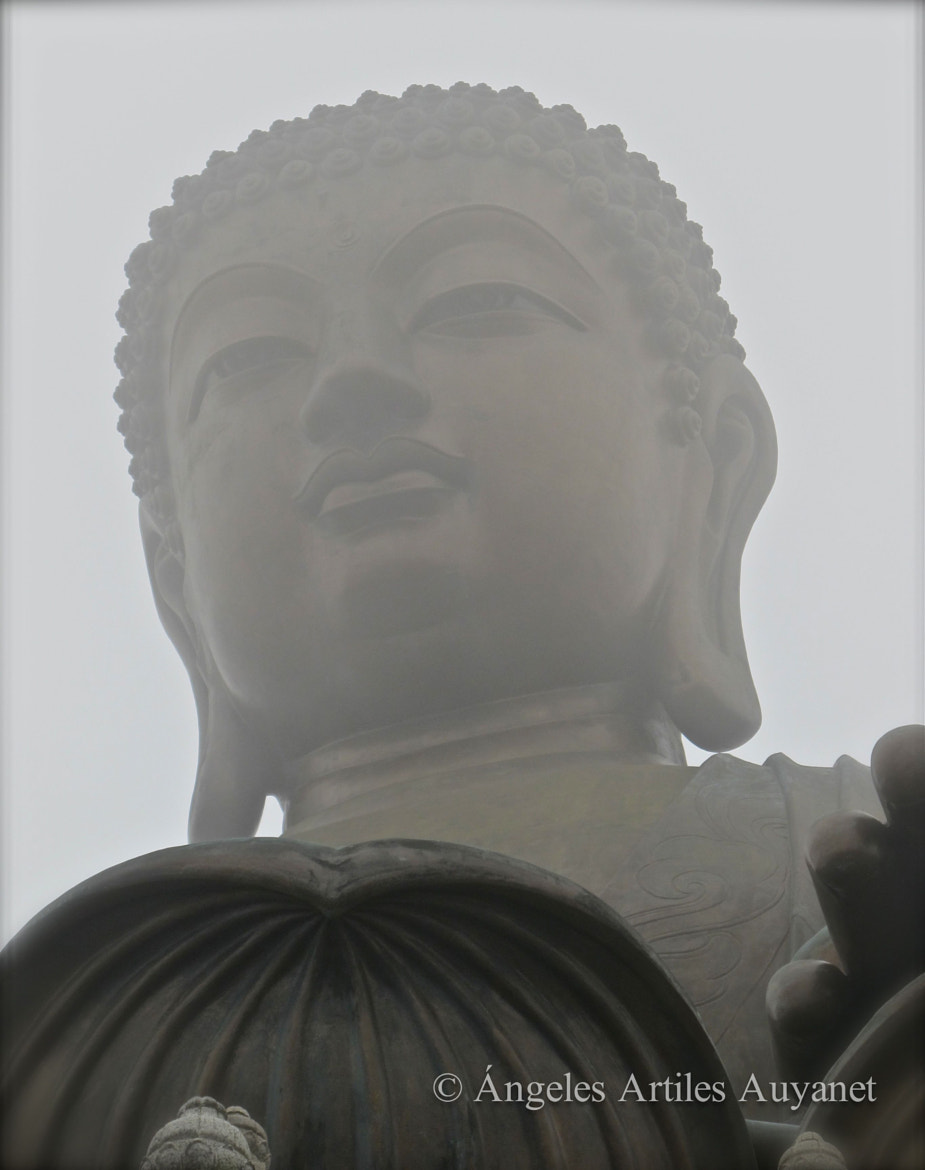 Photograph Mystical Buddha, Hong Kong, China by Ángeles A. Auyanet on 500px