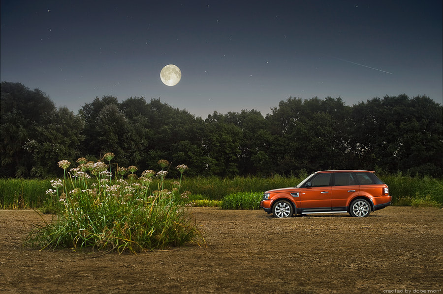 Photograph Range Rover Sport by 2b studio on 500px