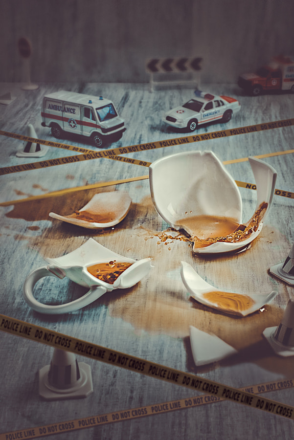 Tiny crimes: coffee case by Dina Belenko on 500px.com