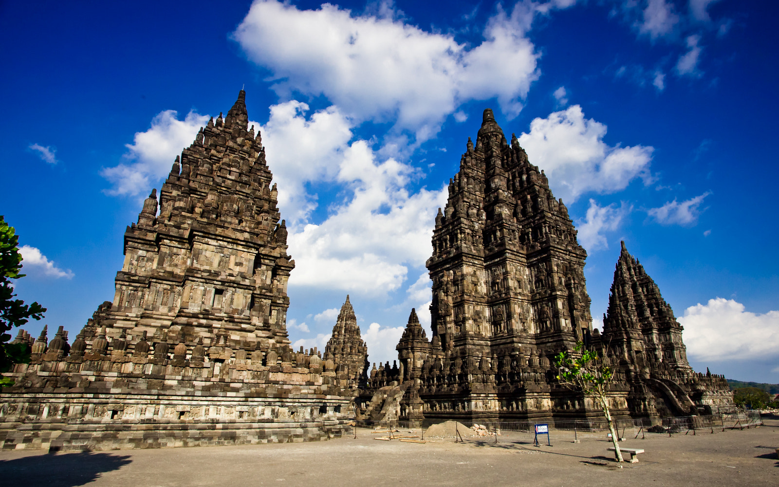 Photograph Towering temples by Ping Chen on 500px