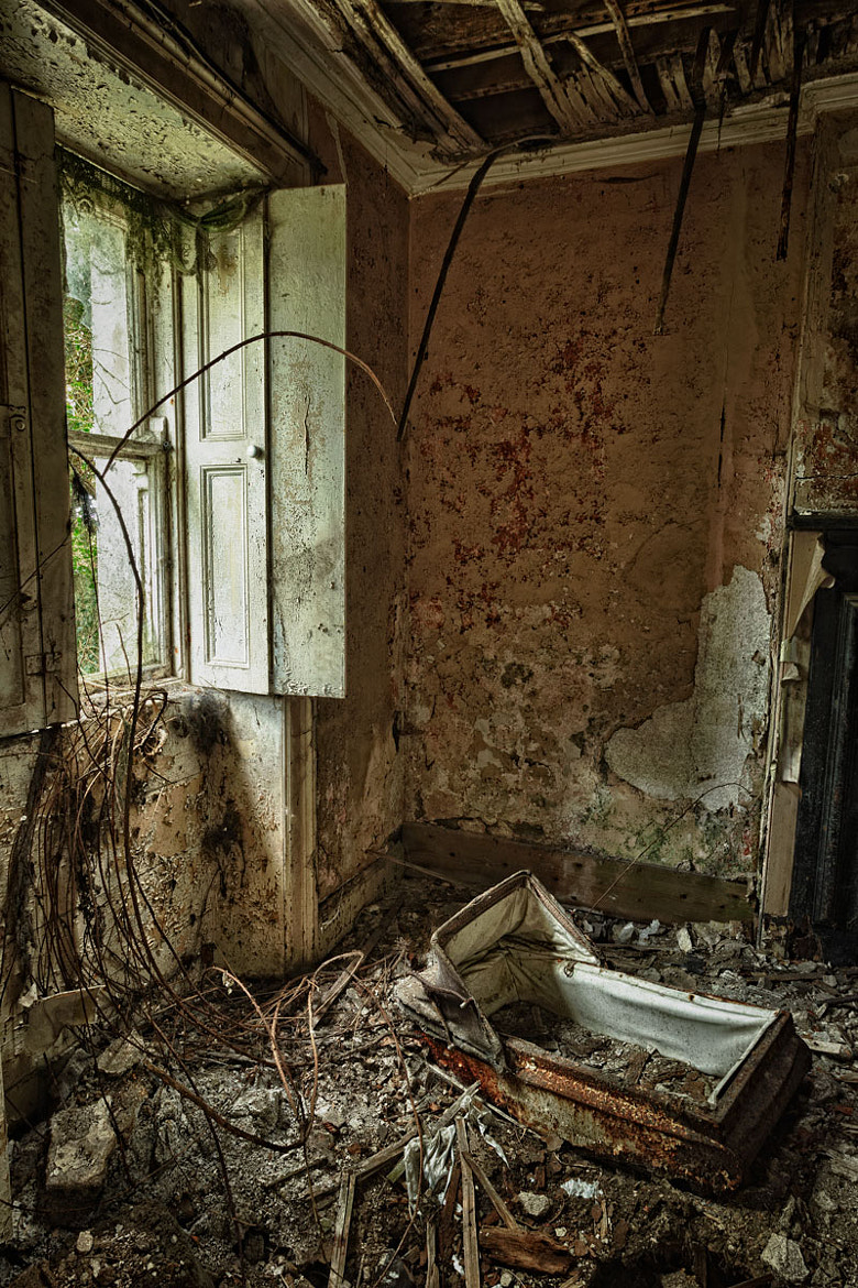 Photograph The Abandoned Farm House by Lawrence Wheeler on 500px