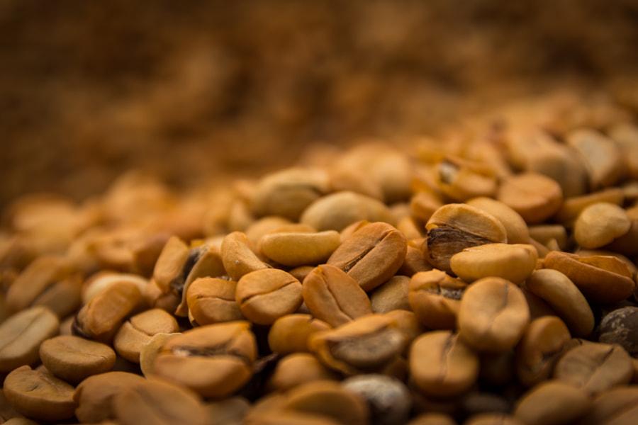Coffee beans by Joshua Madej on 500px.com