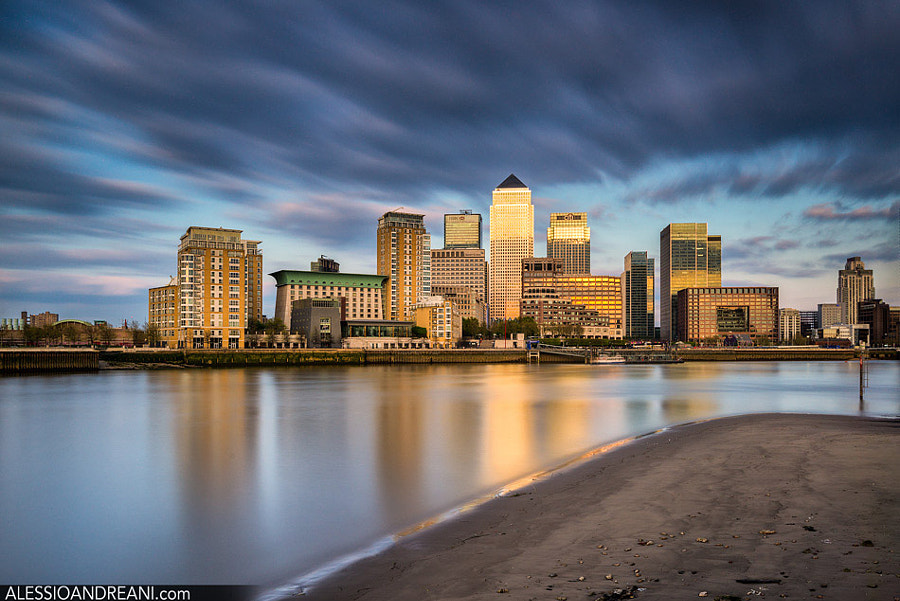 Photograph Golden Canary Wharf by Alessio Andreani on 500px