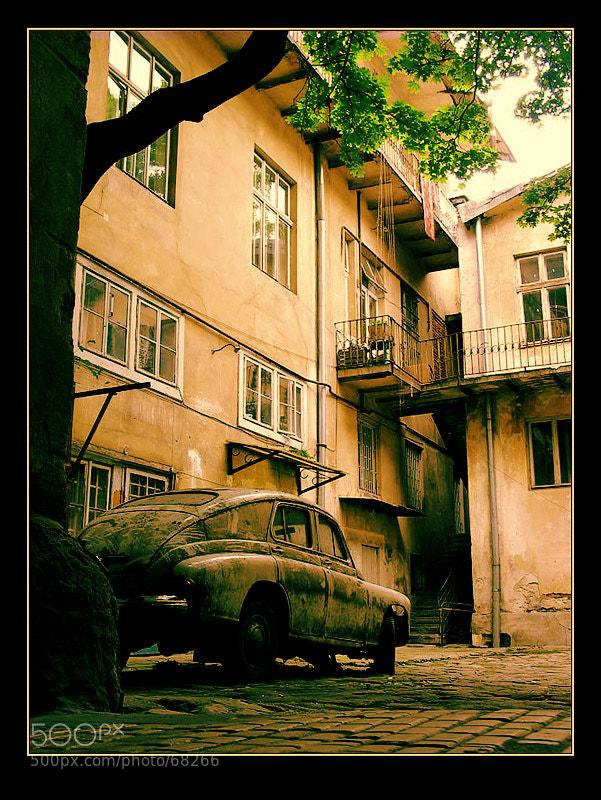Photograph rusty car by Yevgeniy Antonov on 500px
