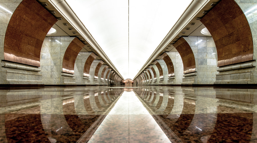 Moscow Metro by Konstantin Kiess on 500px.com