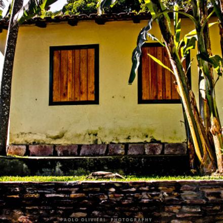 A house ... a life ...