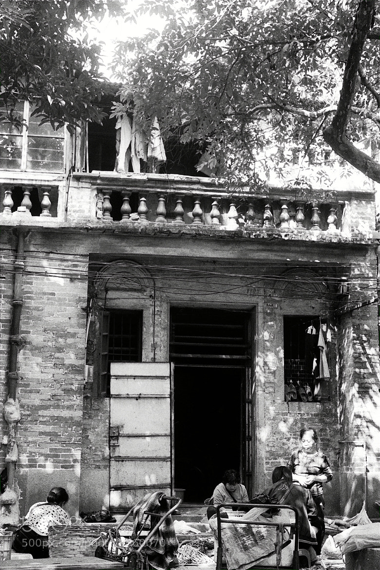 Photograph Old Guangzhou Citizen, Old House by Lin Zhizhao on 500px