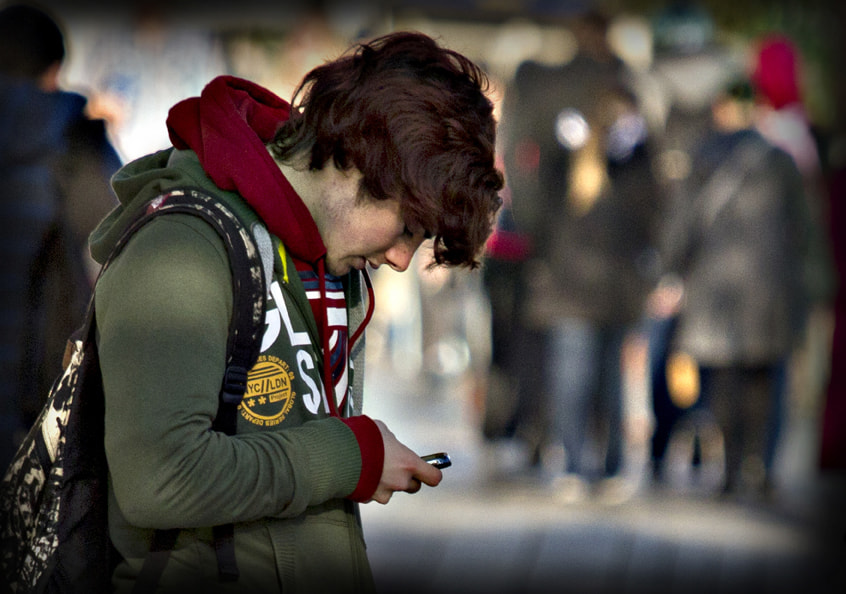 Photograph Texting by Noel McManus on 500px